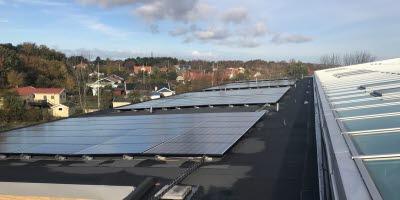 Solcellsprojektet började med byte av belysning